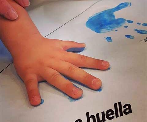 Pintamos con las manos