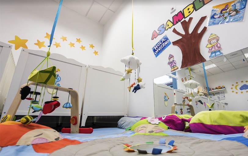 Escuela infantil en Las Rozas Pequeños Astronautas - Aula Luna - - psicomotricidad niños
